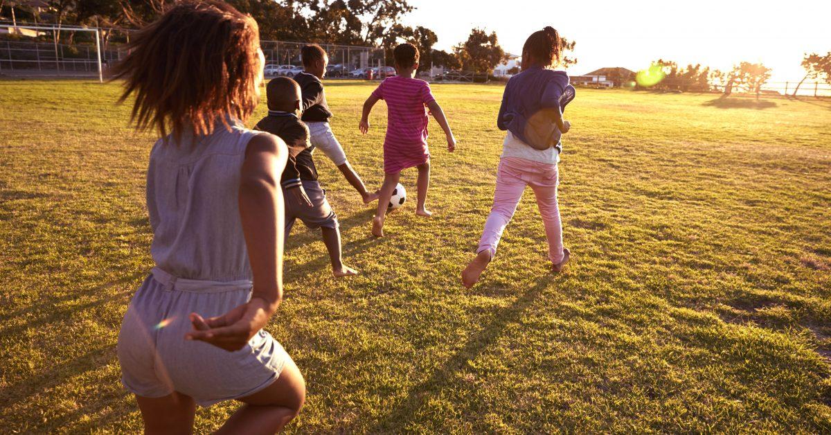 En nationell handlingsplan för en jämlik barndom behövs